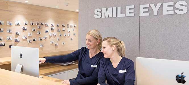 Unser Augenlaser Team in der Augenarztpraxis am Flughafen München